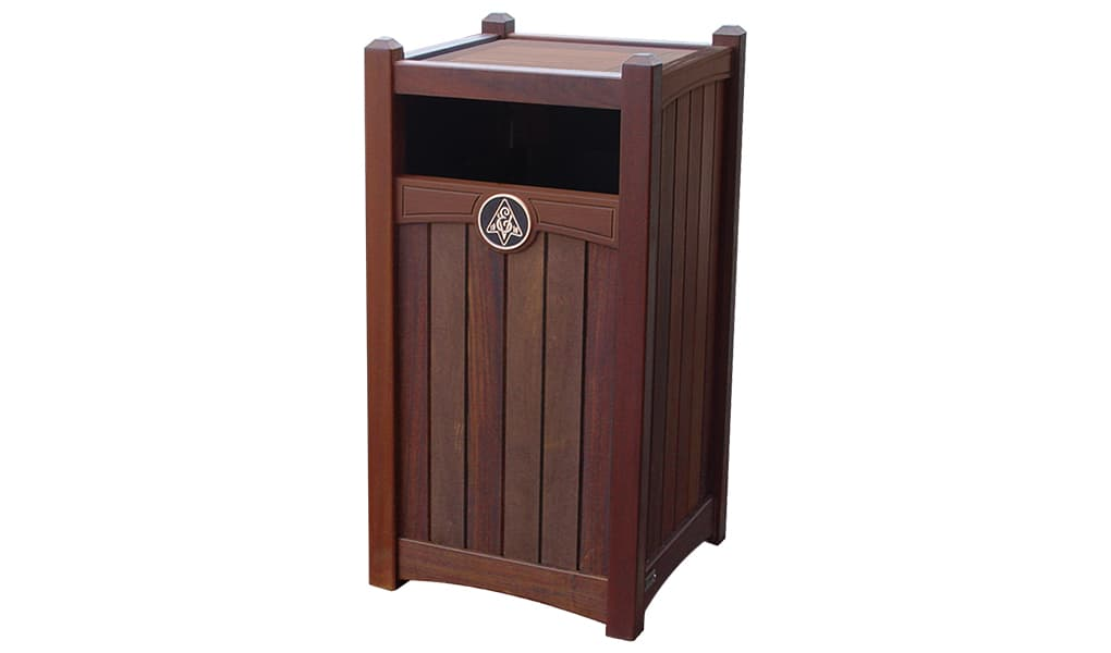 Rinowood Luxury Series 26 Gallon Waste Enclosure